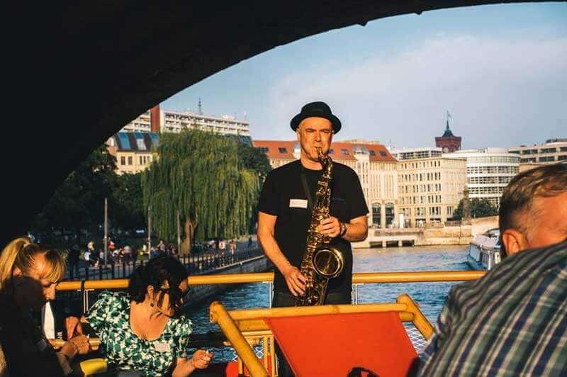 saxophonist berlin geburtstag